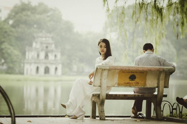結婚すべきではないお金のない彼氏