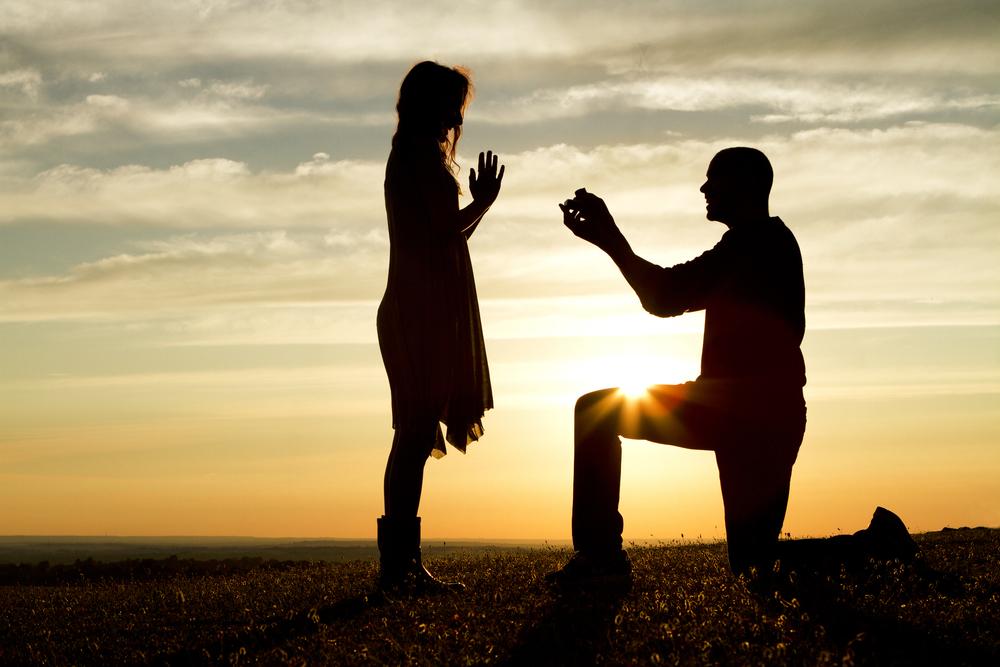 お金がないけど結婚したい。できますか?
