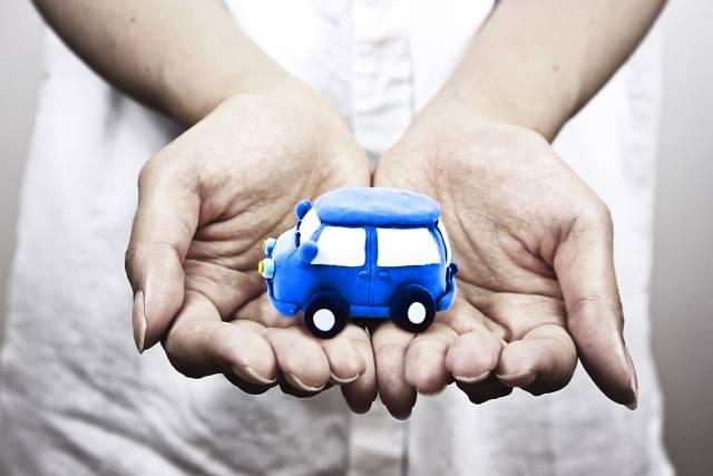 お金に困ったら、まずは車を売れ!